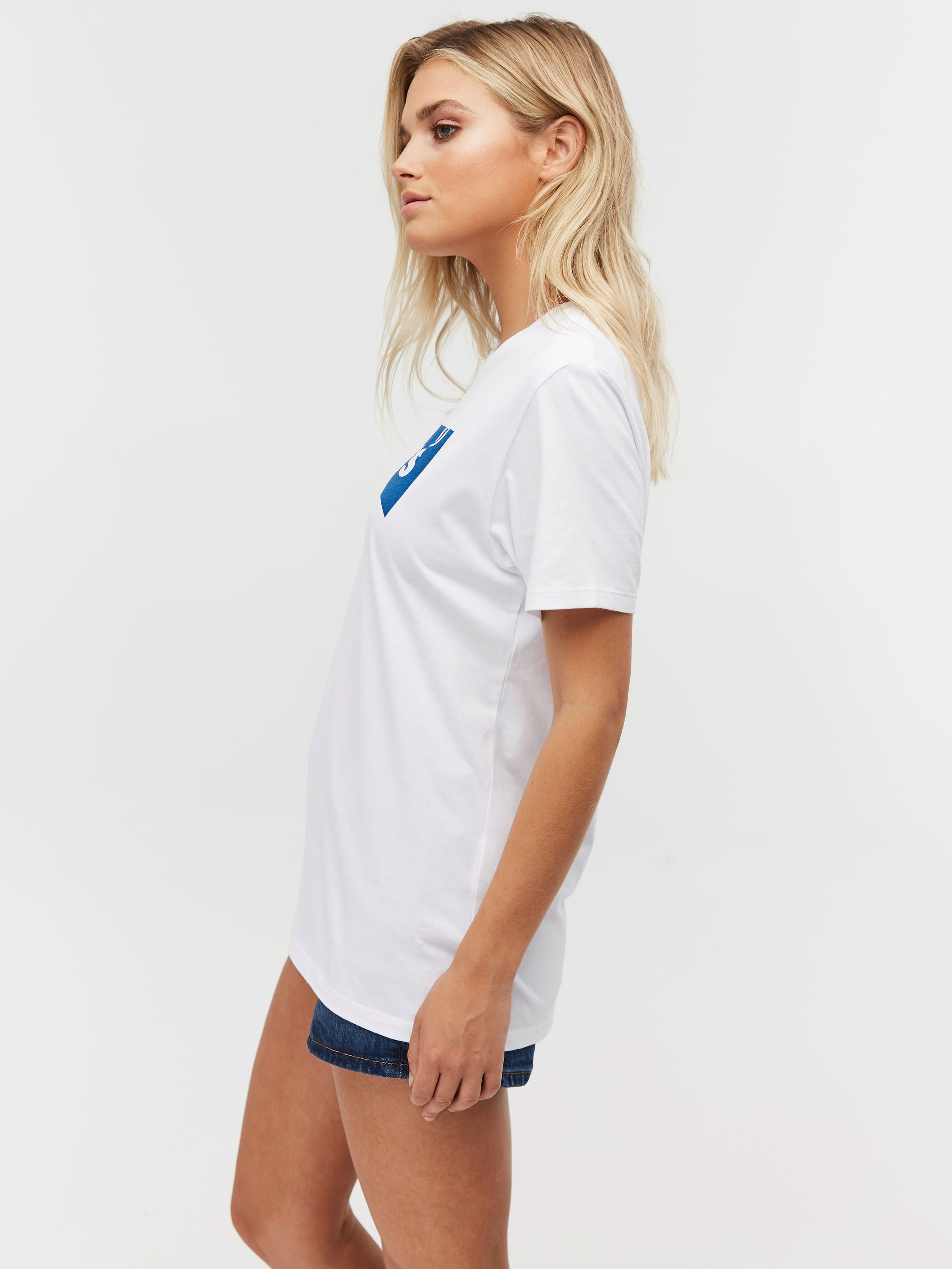 7fac51e584c1d ... Image for Levis Unisex Batwing In White from Just Jeans