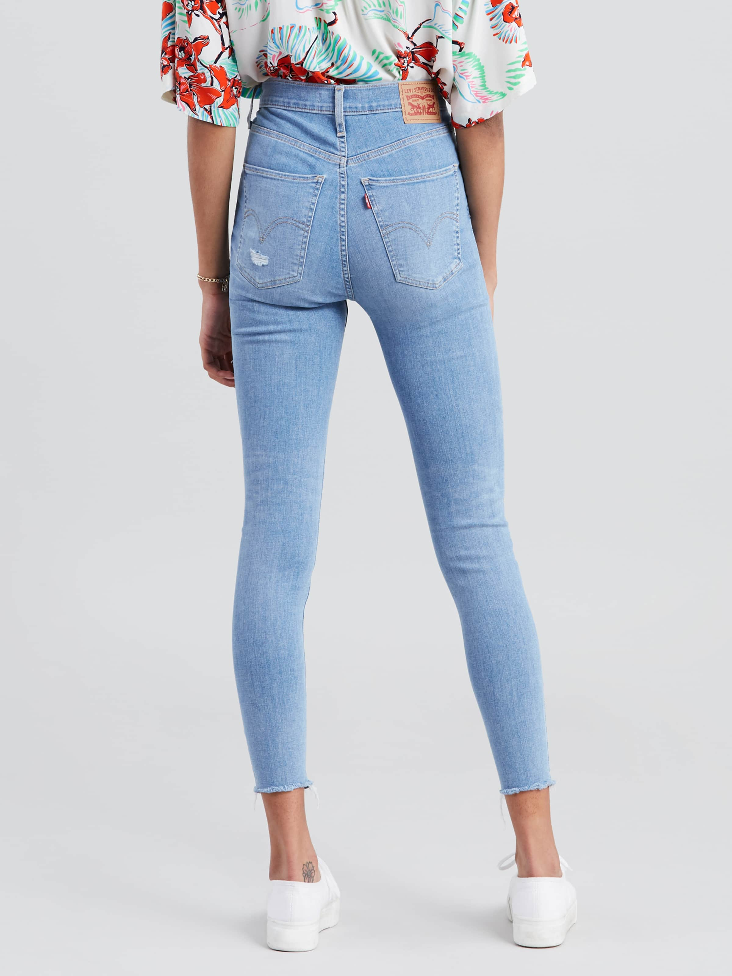 6a343c74722 ... Image for Levis Mile High Super Skinny In Bug Off from Just Jeans ...