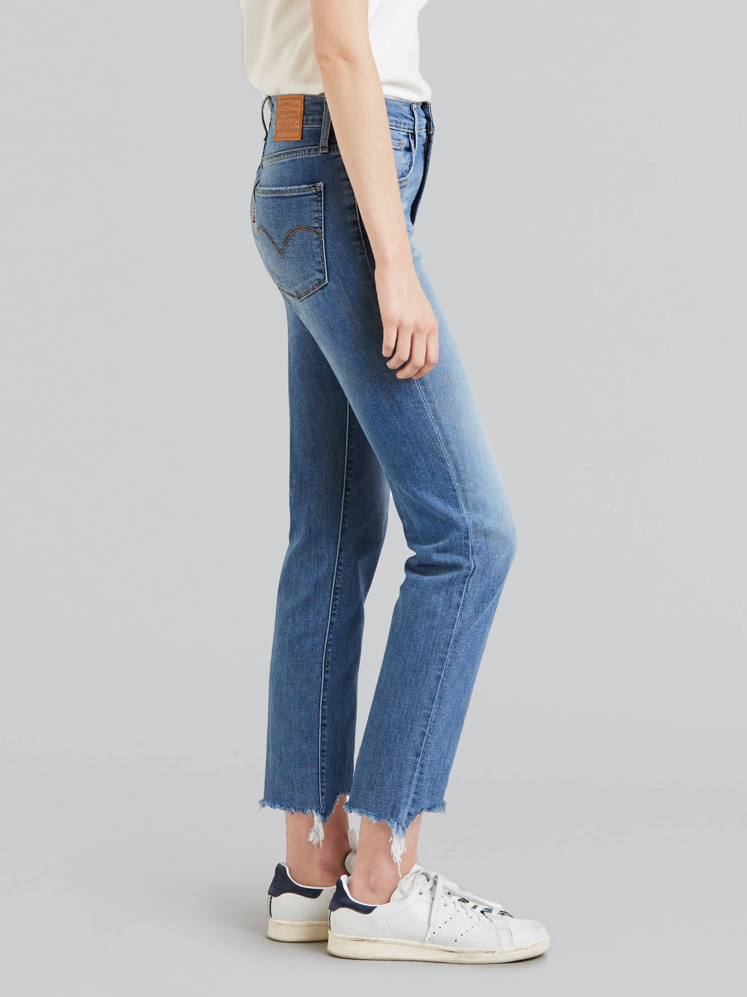 1754168d ... Image for Levi 724 Hi-Rise Straight Crop Indigo Pixel from Just Jeans