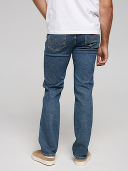 Wrangler Classics Stretch Straight Jean In Stonewash