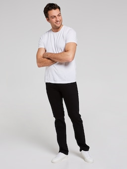 Wrangler Classics Stretch Straight Jean In Black