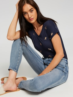 Amaze Mid Rise Skinny Ankle Jean