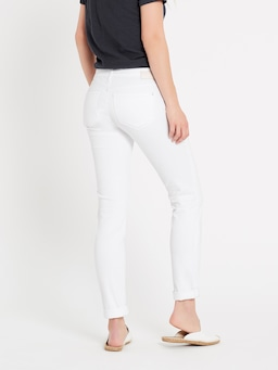 Mavi Emma Boyfriend Jean In White