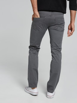 Stretch Slim Chino