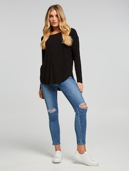 The Luxe Scoop Long Sleeve Tee