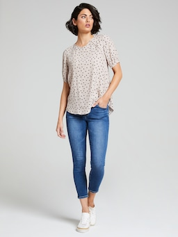 Chloe Lace Insert Sleeve Top