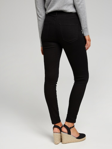 True Vintage High Rise Skinny Jeans