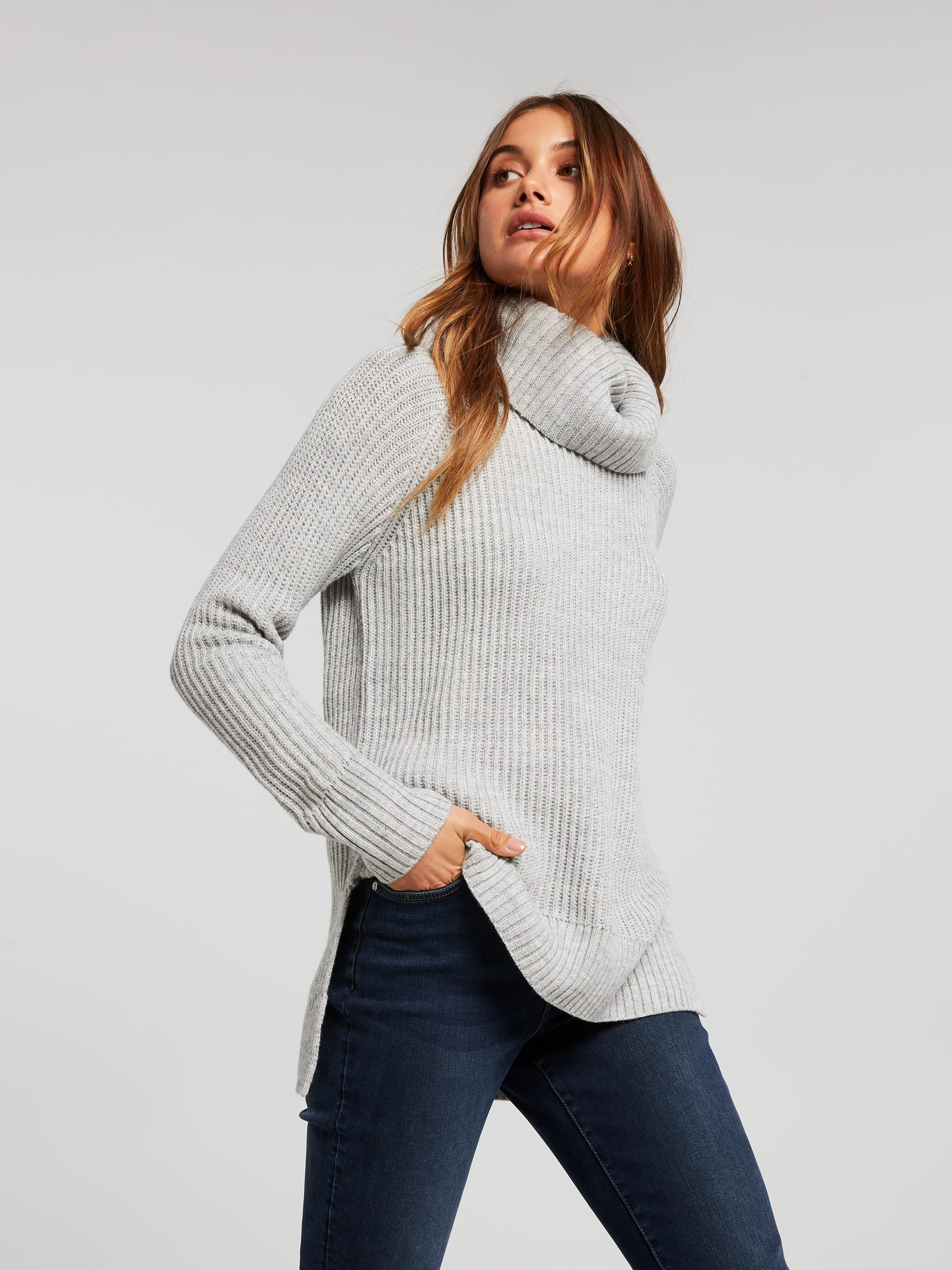 Polly Roll Neck
