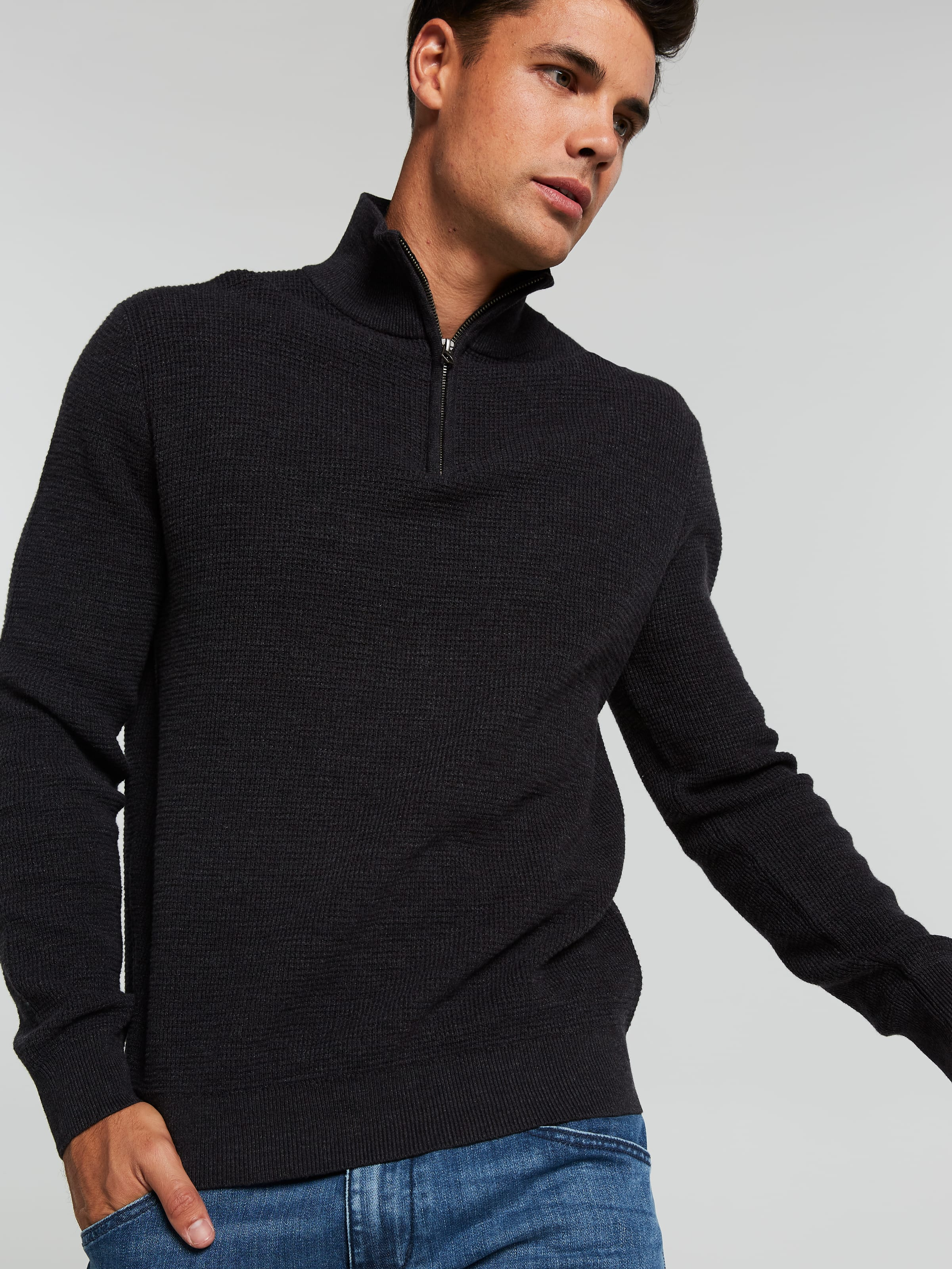 Cotton Qtr Zip Knit